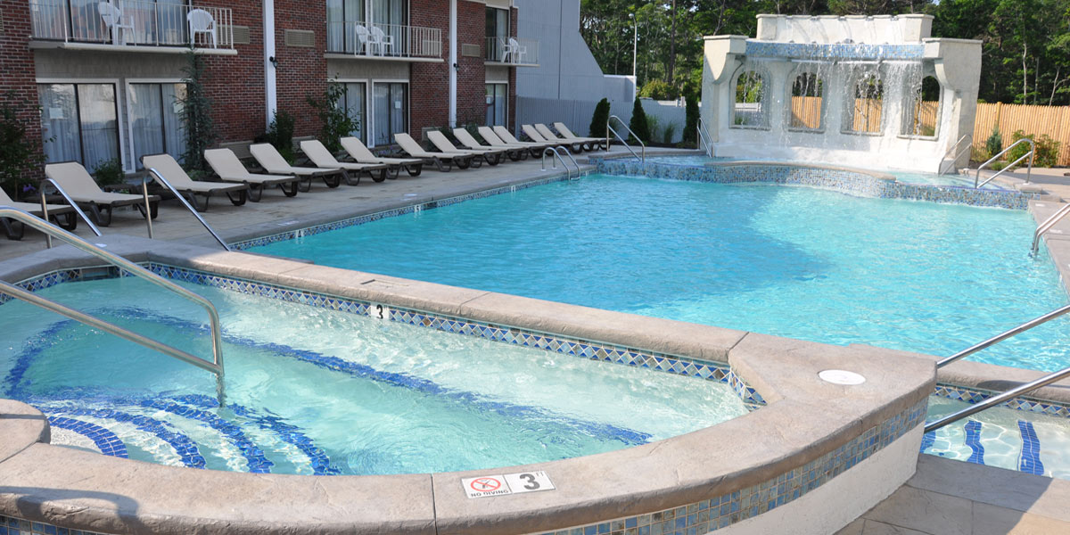 Outdoor Pool Open all year round